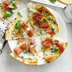 5-minute flatbread pizzas