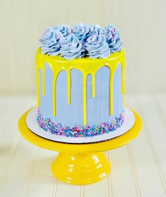 Pretty Cakes, Cute Cakes, Beautiful Cakes, Amazing Cakes, Drip Cakes, Mini Cakes, Cupcake Cakes, Torta Candy, Violet Cakes