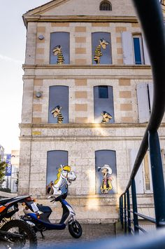 Luky Luke © photo S. 3d Street Art, Murals Street Art, Amazing Street Art, Street Art Graffiti, Banksy, Art Optical, Optical Illusions, Bd Lucky Luke, Illusion Art