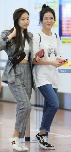 Jisoo & Jennie
