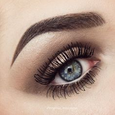"Virginia Maccagno on Instagram: ""~ Naked 2 ~ EYEBROWS @nablacosmetics brow pot in neptune @benefitcosmetics gimme brow EYES @urbandecaycosmetics naked 2 palette…"" Naked Palette, Eye Shadow, Urban Decay, Eyebrows, Virginia, Tutorials, Eyes, Instagram, Eyeshadow"