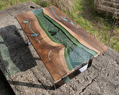Waterfall live edge river coffee table with plexiglass leg and glowing resin Green River, Dining Table With Bench, Wood Table, Turquoise Color, Table Cafe, Plexiglass, Living Furniture, Tree Furniture, Resin Furniture
