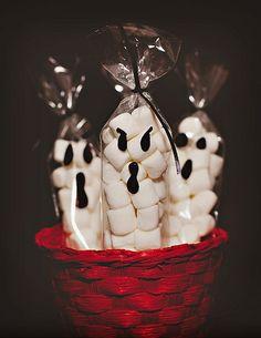 Balinhas em saquinhos decorados
