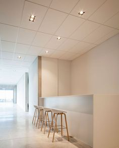 Rob Systems is a dynamic family business which was founded in 1939, which specialises in the design/manufacturing of sliding door systems and logistic handling solutions. For their new office building and showroom in Belgium, several Delta Light products were used such as our SUPERNOVA SR, FEMTOLINE 25 profile, GRID IN LED and STREAMER. You can find more pictures & details on our website.