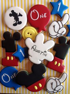 Baby first birthday decorations mickey mouse 16 ideas Mickey 1st Birthdays, Mickey Mouse First Birthday, Mickey Mouse Clubhouse Birthday Party, Mickey Mouse Parties, Mickey Party, Baby First Birthday, Pirate Party, 5th Birthday, Mickey Mouse Cookies