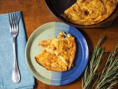 How to make farinata (Italian chickpea pancakes) Savoury Pancake Recipe, Easy Banana Pancake Recipe, Savory Pancakes, Pancake Recipes, Chickpea Recipes, Vegan Recipes, Cooking Recipes, Free Recipes, Beignets