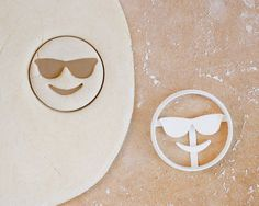 Sunglasses Emoji Cookie Cutter – Smiling Iphone Android Cool Rayban Sunnies Kitsch Hipster Smiley – 3D Printed
