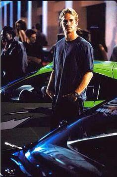 Paul Walker...Th Fast & The Furious  ♡ ~ Ʀεƥɪииεð╭•⊰✿ © Ʀσxʌиʌ Ƭʌиʌ ✿⊱•╮