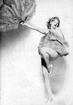 #pinup #burlesque #marylin