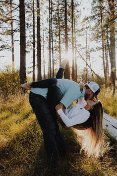 Country Couple Pictures, Cute Country Couples, Cute N Country, Cute Couple Pictures, Cute Couples Goals, Calin Couple, Country Best Friends, Country Relationships, Couple Goals Teenagers