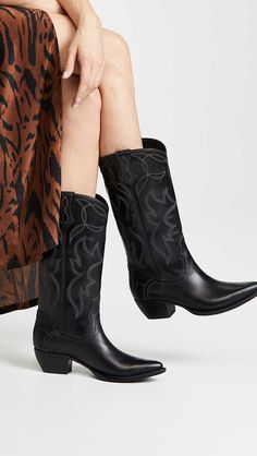 a18fccc1dfa1 15 Trendy Cowboy Boots For Women This Fall and Winter