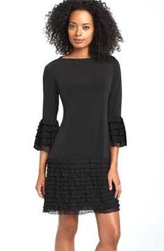 Маленькое черное платье на маленький рост