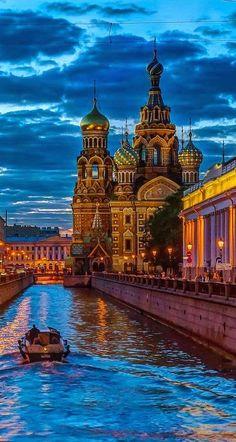 Katedral St. Petersburg, Rusia