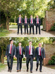 dark blue and red groomsmen attire @weddingchicks