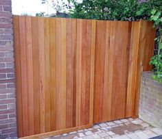 wooden garden fencing ideas, tongue and groove Metal Fence, Wooden Fence, Wooden Garden, Fence Design, Wood Design, Garden Design, Diy Garden Fence, Garden Fence Panels, Koi