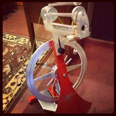 New spinning wheel from National Custom Spinning Works. Spinning Wheels, Spinning Yarn, Hand Spinning, Yarn Needle, Needle And Thread, Drop Spindle, Fiber Art, Crocheting, Knitting