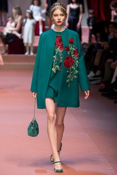 I just love, love, love green!  Dolce & Gabbana Fall 2015 Ready-to-Wear - Collection - Gallery - Style.com