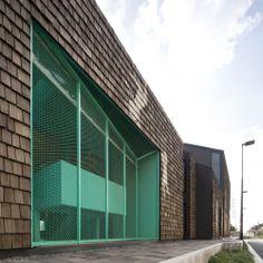 Studentenzentrum von Supermachine in Bangkok / Lila, grün, pink, türkis - Architektur und Architekten - News / Meldungen / Nachrichten - Bau...