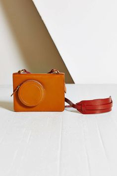 Kelsi Dagger Brooklyn Camera Crossbody Bag - Urban Outfitters