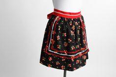 Phoebe Rose - Retro Half Apron – Vintage Style Aprons By Violet Jones Retro Apron, Aprons Vintage, Blue Apron, Half Apron, Suzy, Vintage Fashion, Vintage Style, Ballet Skirt, Rose