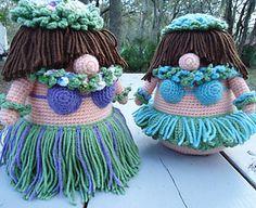 Hula Girl gonks crochet pattern