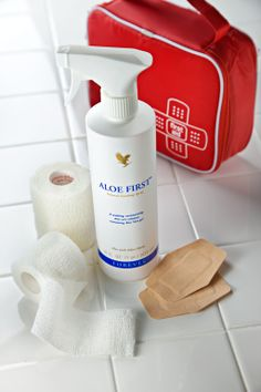 Aloe First: Contains stabilised aloe vera gel, bee propolis, allantoin and 11 exclusive plant extracts to soothe and moisturise the skin. Protects hair from sun and chlorine damage. Ideal for children and even the most sensitive skins. Click image for more info.