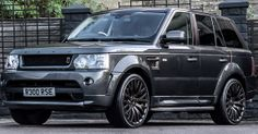 Range Rover RS300 Cosworth by A. Kahn Design