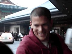 Discover & share this Wentworth Miller GIF with everyone you know. GIPHY is how you search, share, discover, and create GIFs. Wentworth Miller Prison Break, Michael And Sara, Mike Michaels, Michael Scofield, Girly Pictures, Movies And Tv Shows, Tv Series, Entertaining, Actors