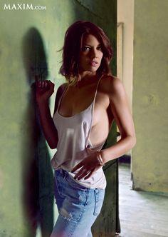 "Interview: ""The Walking Dead"" Star Lauren Cohan   Maxim"