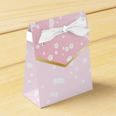 Pretty and sweet japanese cherry blossom flowers! Yoshino Fusion Wedding Favor Box Favor Boxes. (Price for 10 boxes)