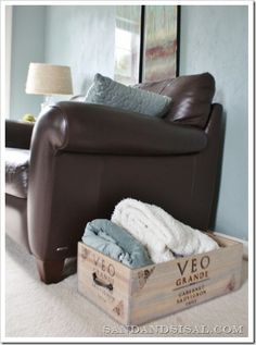 DIY Wooden Storage Crate Wooden crates Crates and Blanket