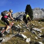 Mountain‬ ‪‎biking‬ could be risky affair without sufficient knowledge and preparation. These intelligent ‪‎tips‬ will transform biking on technical ‪terrain‬ into a ‪fun‬ filled ‪ride‬.