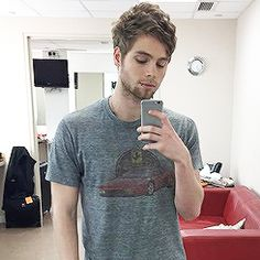 luke hemmings daily