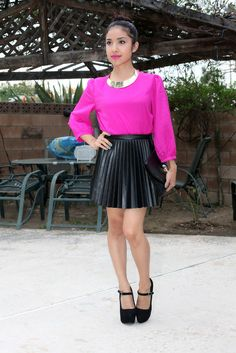 Love Dulce shes gives so much insight on hot items from outfit post to make up post...