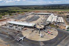 * Aeroporto Internacional de Brasília * Brasilia, Brasil.