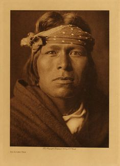 Here for your browsing pleasure is a grand photo of an Acoma Man. It was made in 1905 by Edward S. The photo documents the Acoma Brave in a head-and-shoulders portrait, facing front. Native American Pictures, Native American Beauty, Native American Tribes, Native American History, American Indians, Navajo, Art Indien, Pueblo Indians, Portraits