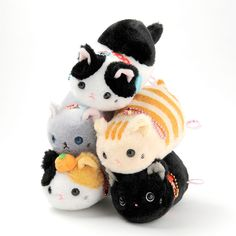 "These are sooo cute!!! I especially like the black kitty, Kuro!! <3 Tsuchineko Wagokoro plushies are of fashionable cats wearing collars inspired by traditional Japanese style. Wagokoro is the combination of two Japanese kanji with the meanings of ""Japanese style"" and ""heart."" Fiver versions are available: Kuro (black), Kurobuchi (black and white / cow cat), Chatora (brown tiger / Tabby), Calico, and Russian Blue."