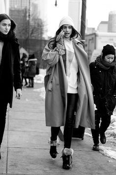 senyahearts:Models Off Duty: Taylor Marie Hill - Street Style, NYFW Fall 2015.