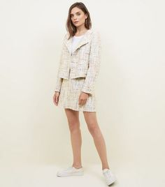 Shop Cameo Rose Off White Boucle Jacket. Discover the latest trends at New Look. New Look Uk, Boucle Jacket, Coats For Women, Parka, Off White, Latest Trends, Sweaters, Jackets, Rose