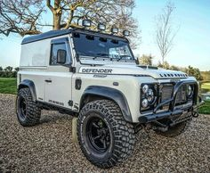 """2,485 Likes, 9 Comments - High Performance Land Rovers (@the_land_rover_rated) on Instagram: """"@scottstarkey """""""