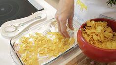 Mısır Gevrekli Tavuk Tarifi - mısır gevrekli tavuk nasıl yapılır? mısır gevrekli tavuk tarifi videolu, mısır gevrekli tavuk yapımı, mısır gevrekli tavuk yapılışı, malzemeler ve diğer binlerce pratik yemek tarifleri