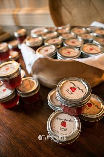 Homemade and custom-labeled jelly and jam for weddings. Dunleith Plantation Wedding, Natchez, MS