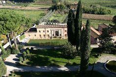 Vorno Villa Vacation Rental Villa Nicola that sleeps 24 people in 12 bedrooms, located Tuscany, Italy.