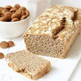 HEALTHY SPECULAAS CAKE! 🍴 Heb jij hem al gemaakt? Zet de oven maar vast aan, want hij is zó lekker! 💕 Bekijk het recept op jenniferkrijnen.com, link in de biooo!