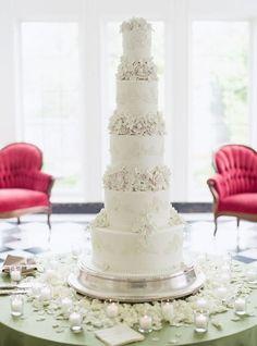 Wedding cake idea; Featured Photographer: Michele Beckwith
