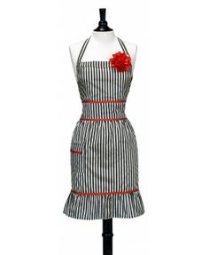 I need this stylist apron! SO cute!