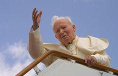 En Damasco, Siria, mayo 2001.  Beato Juan Pablo II  Conoce su vida de santidad en www.aciprensa.com/juanpabloii