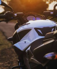 Moto Wallpapers, Background Images Wallpapers, Bajaj Motos, Duke Bike, Ns 200, Bike Drawing, Dhoni Wallpapers, Stunt Bike, Bike Photoshoot