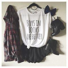 Wear??? Credit @kimcheeeesoup  #outerfashionlish