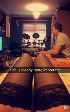 Sex or Gaming? This guy prefers gaming lol... #Snapchat #Fifa #Sex #SexyGirl #Xbox #Playstation